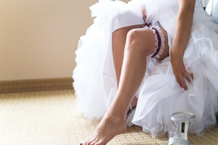 préparation de la mariée à l'hotel impéria de st-eustache chambre privée photographe professionnel