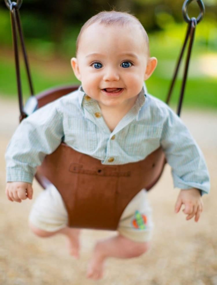 photographe de portait extérieur session maternité famille impression photoshoot shooting photo st-eustache bébé enfant
