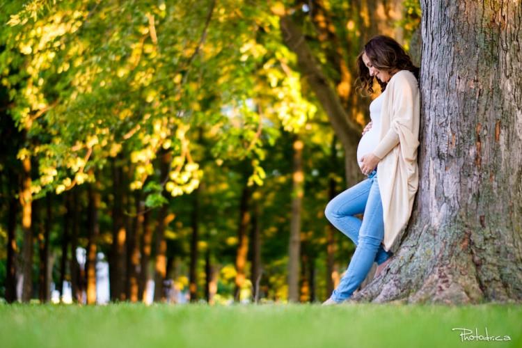 photographe de portait extérieur session maternité famille impression photoshoot shooting photo st-eustache